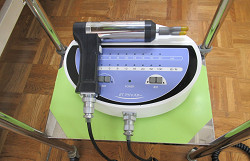 第一頸椎矯正の専用器械写真